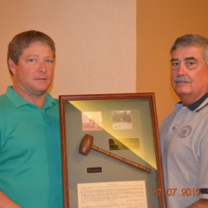 GERALD SWEETING AWARDED PRESIDENTS GAVEL